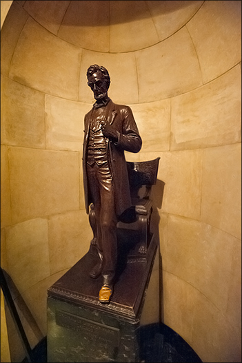 The Tomb of President Abraham Lincoln 11
