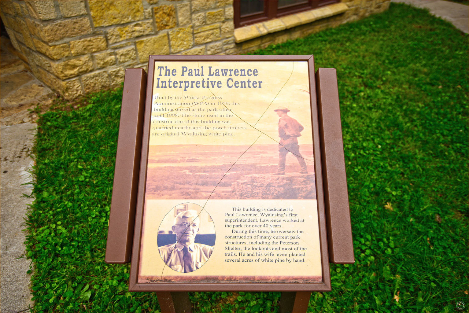 138 Wyalusing State Park Paul Lawrence Interpretive Center Sign