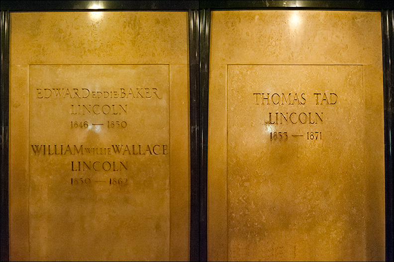 The Tomb of President Abraham Lincoln 16