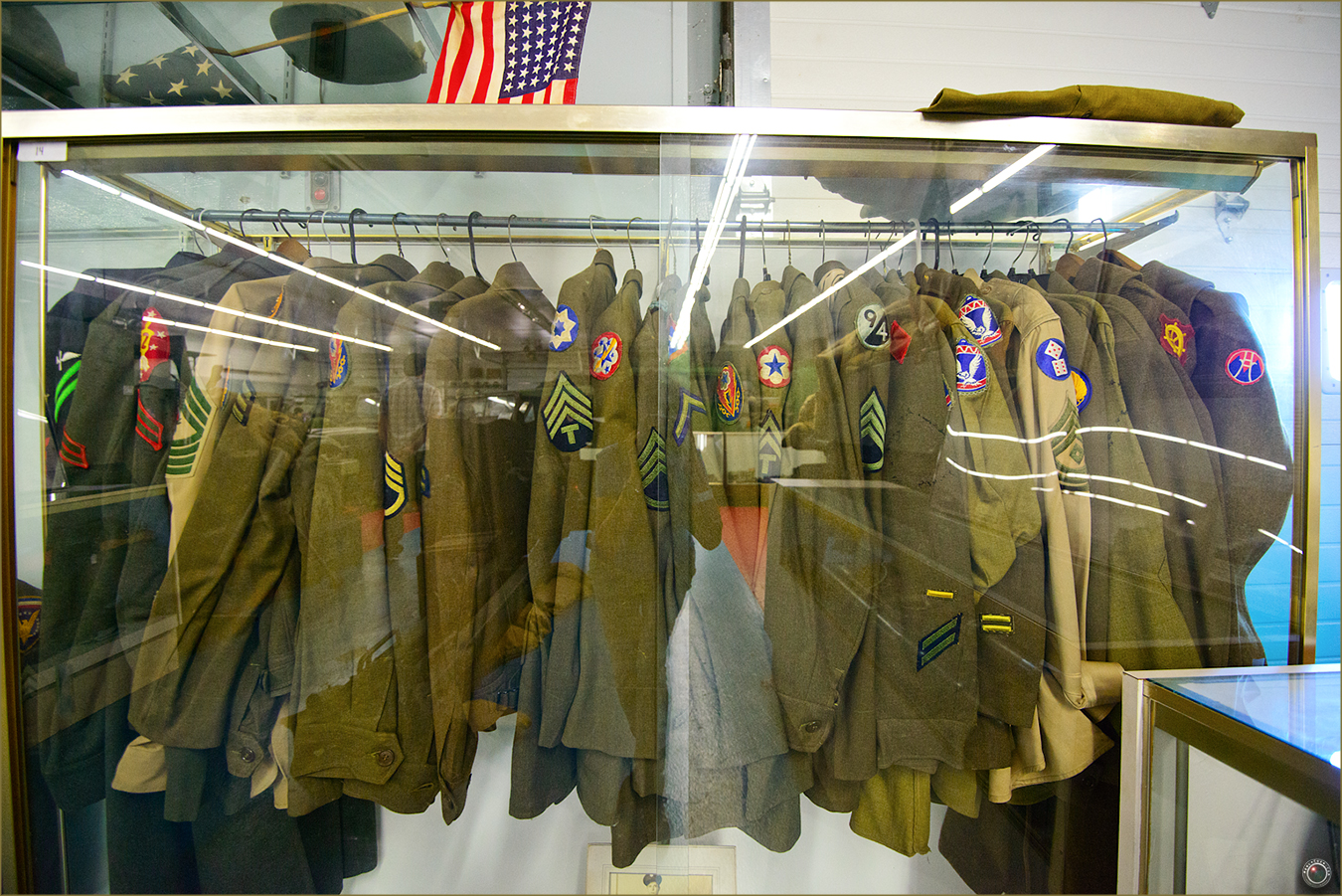 29 Russell Military Museum Antique Military Uniforms