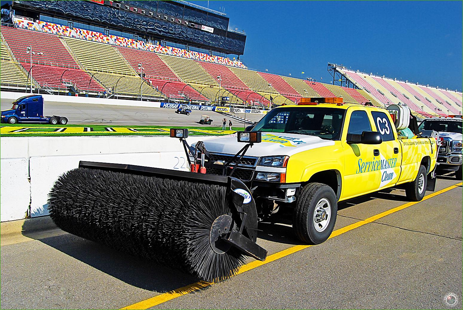 49 Nascar Track Sweeper