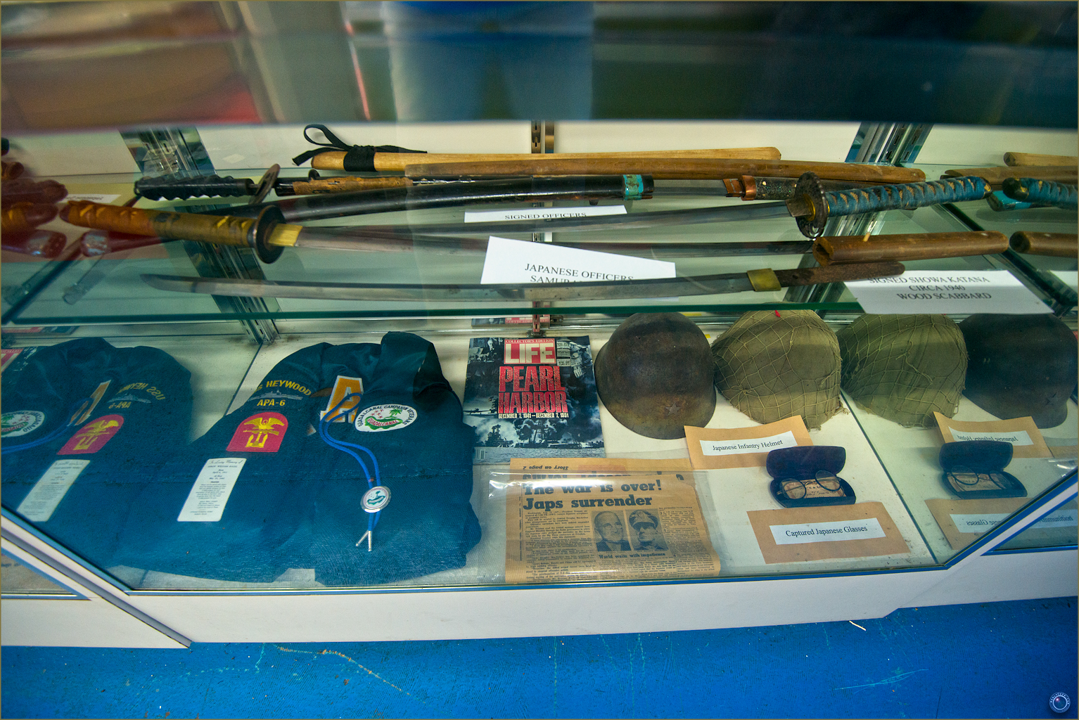 6 Russell Military Museum World War Japanese Soldier Items
