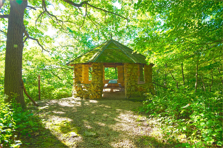 96 Wyalusing State Park Knob Shelter